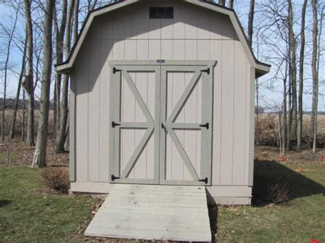 storage shed     wall amish built ohio