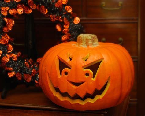 pumpkins faces one pumpkin carving patterns