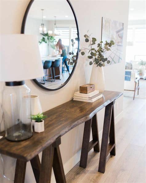 simple  elegant entryway table decoration ideas
