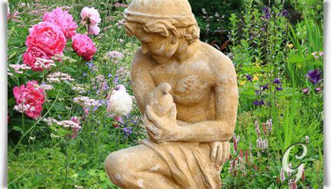 Steinskulpturen Garten by Historische Steinguss Gartenfigur Flavio Gartentraum De