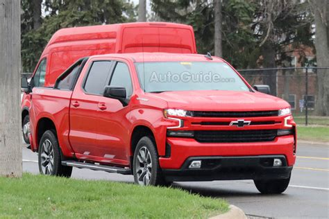2019 Chevrolet Silverado by 2019 Chevrolet Silverado Getting An Rst Model 187 Autoguide