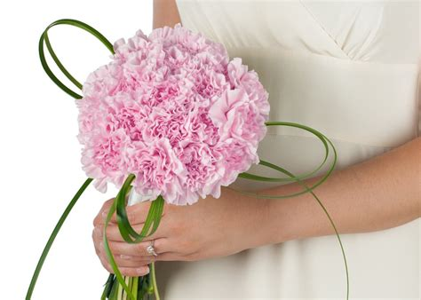 savvyish simple stylish wedding flowers light pink