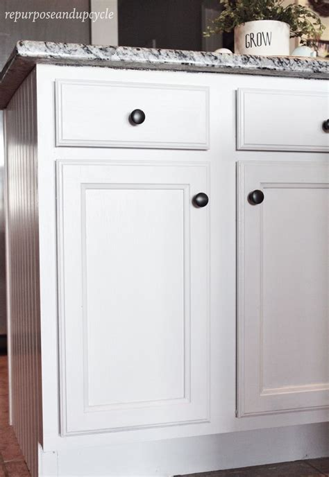 How To Paint Laminate Cabinets by Best 25 Painting Laminate Cabinets Ideas On