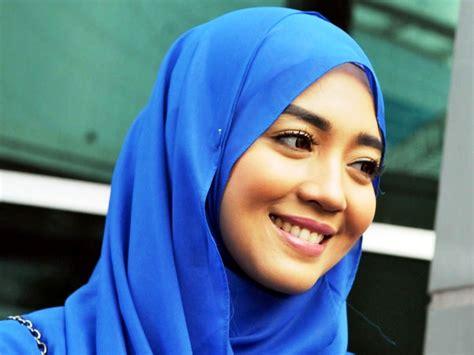 membuat usaha hijab tips til cantik dengan berhijab sederhana deltagrosir