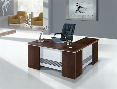 Small Office Desk Furniture Small Office Tables Are They Worth It And How To Select