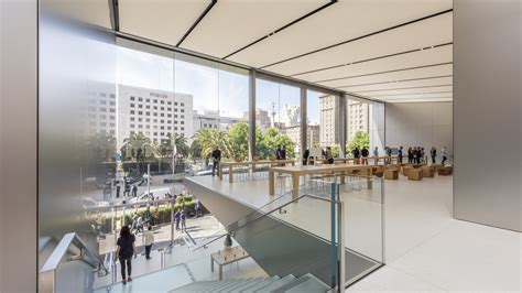 home stores in san francisco jony ive collaborates with foster partners on a smart