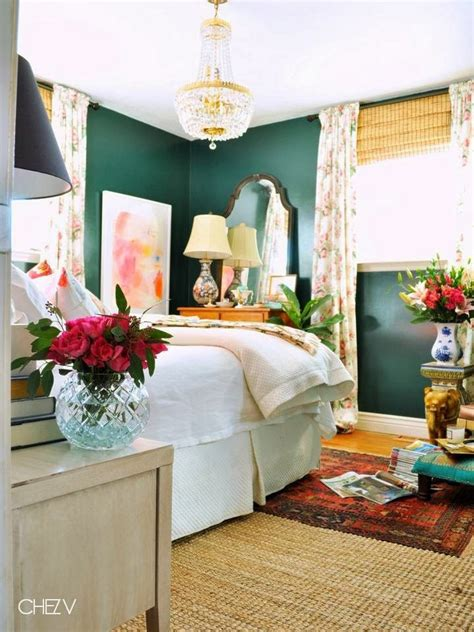 25 small bedroom decorating ideas visually stretching best 25 small bedroom arrangement ideas on pinterest