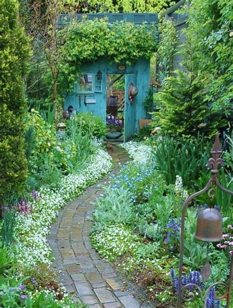 overgrown garden gardening trends for spring summer 16 clair strong
