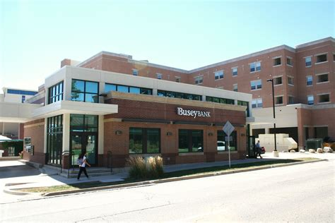 bloomington il banks busey bank uptown normal