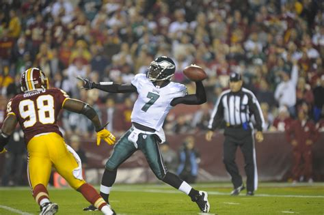 Michael Vick Is Movin On Up eagles crush redskins