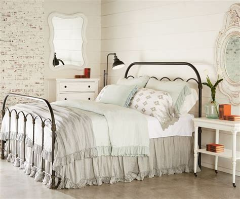 vintage style bedroom ideas 25 best ideas about vintage style bedrooms on