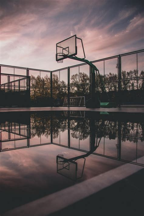 wallpaper basketball court reflection water puddle