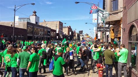 st s day chicago bars st s day wrigleyville bar crawl tickets sat mar