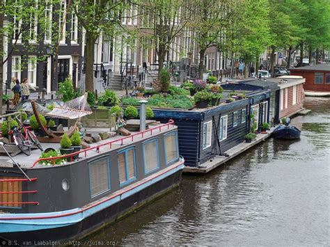 canal boat house 25 best ideas about houseboat amsterdam on pinterest