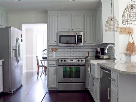 Cottage Kitchen Cabinets by 15 Cottage Kitchens Diy