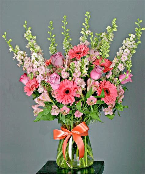 style flower designers choice garden style flower arrangements