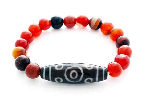 13 eye dzi bead bracelet