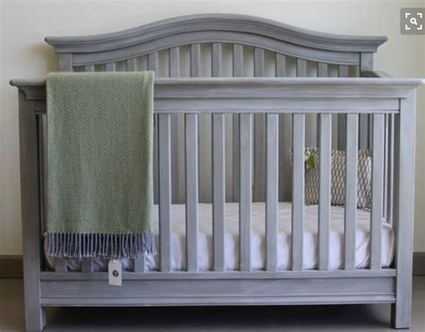 how to paint a crib with chalk paint by sloan