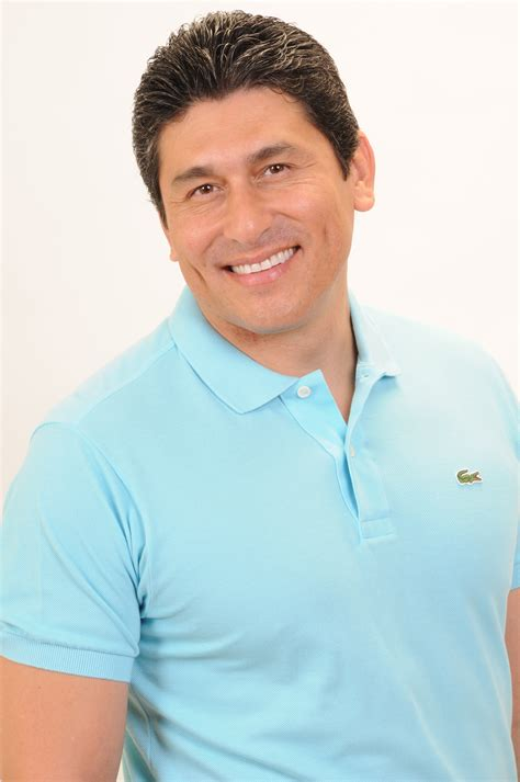 biografia dr cesar lozano cesar lozano pictures news information from the web
