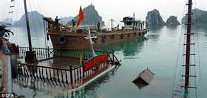 vietnam boat sinks two us tourists killed sleeping in vietnam boat sinks two u s tourists killed sleeping in