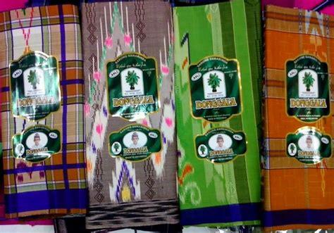 Sarung Donggala 50 tourims place sarong donggala