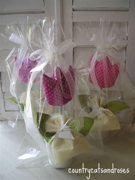 fiori in tessuto oltre 25 fantastiche idee su fiori in tessuto su