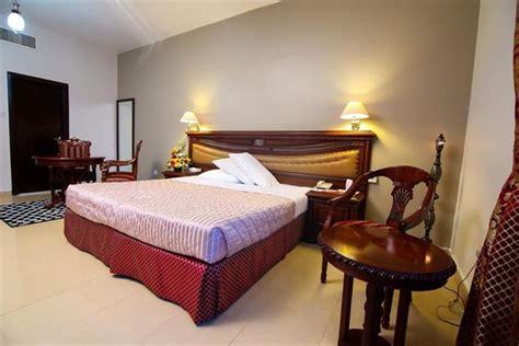 Apartment Hotel Abu Dhabi Rainbow Hotel Apartments Abu Dhabi Compare Deals