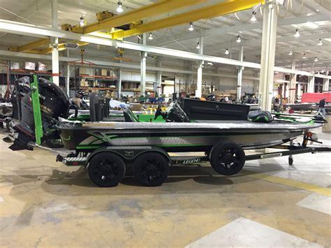 bass cat boat accessories legend bass boats fishing pinterest bass boat bass