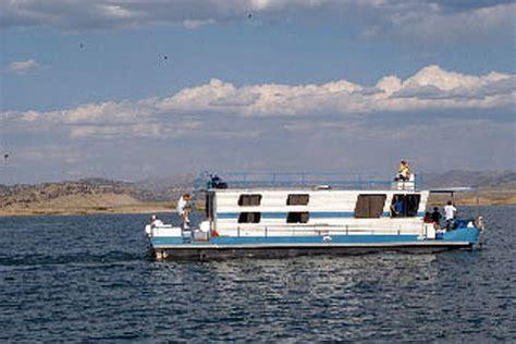 boat houses for rent boatels houseboat rentals boat rentals