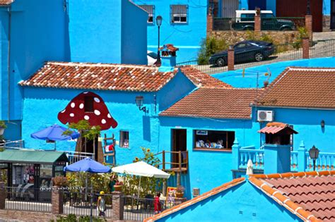 Pictures Of Small Houses by Juzcar The Village Of The Smurfs Andalucia Com