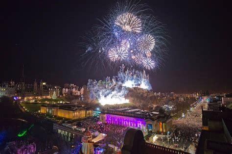 new year celebrations edinburgh edinburgh s hogmanay celebrations welcome 2014 stv