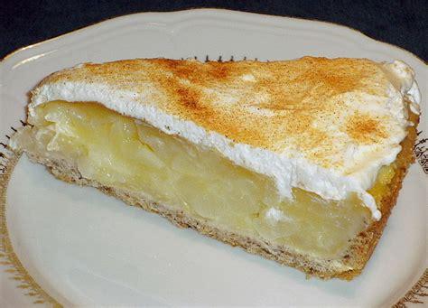 kuchen mit birnen birnen wein kuchen mit sahnehaube rezept mit bild