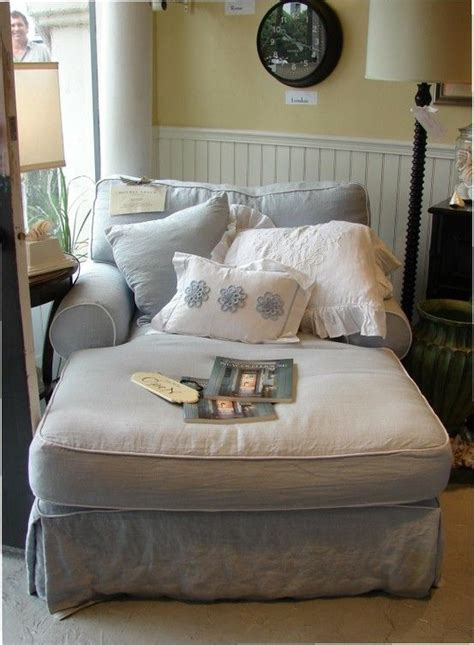 comfy lounge chairs for bedroom best 25 comfy reading chair ideas on pinterest reading 18532 | 432b5a7510d4709d7562e891c18c8c75 comfy reading chair big comfy chair