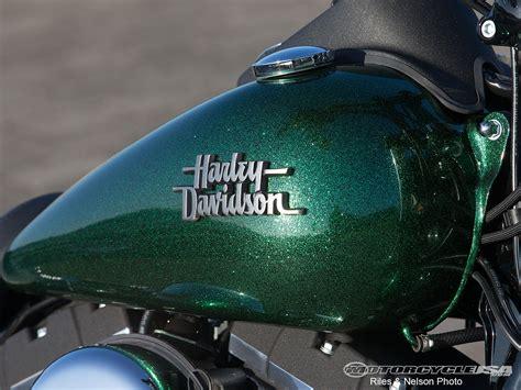 2013 harley davidson bob ride photos motorcycle usa