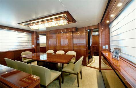 san lorenzo yacht gps dining table luxury yacht