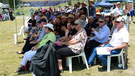Gladys Kotak Dusty D4 slim dusty centre official opening gallery port macquarie news