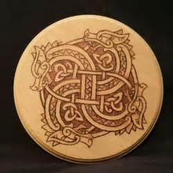 25  trending Celtic dragon ideas on Pinterest   Celtic