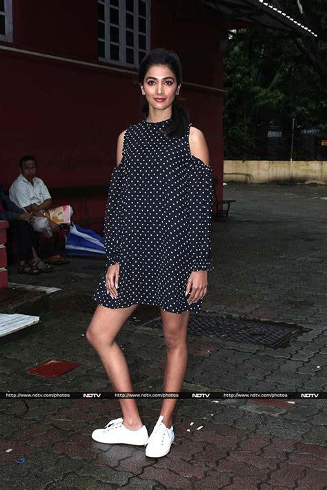 Gamis Kareena Polka Dress Black By Yasmeera Gamis Katun Jepang Hq say cheese akshay ileana and esha smile for the