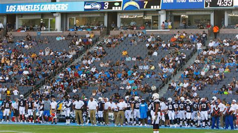 sd union tribune chargers chargers unfazed by small crowd for carson opener the