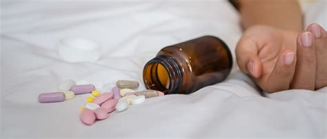 xanax before bed xanax cut with fentanyl spreads death the daily caller