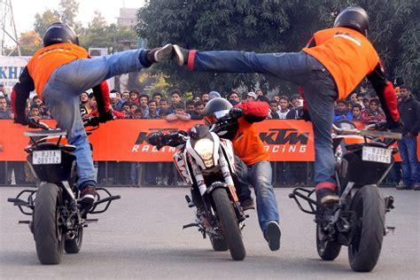 Ktm Stunt Images Archival Store Ktm Stunt Show In Amritsar