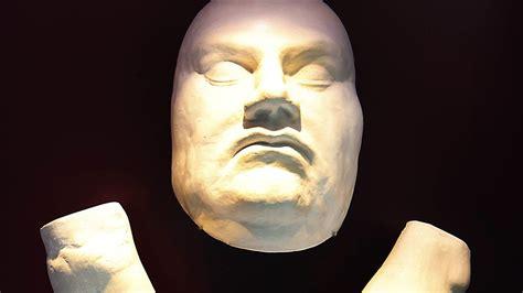 wann starb martin luther sch 228 tze der reformationszeit in halle luthers totenmaske