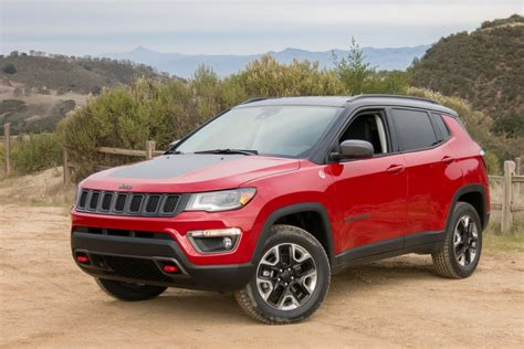 car jeep 2017 2017 jeep compass our review cars com