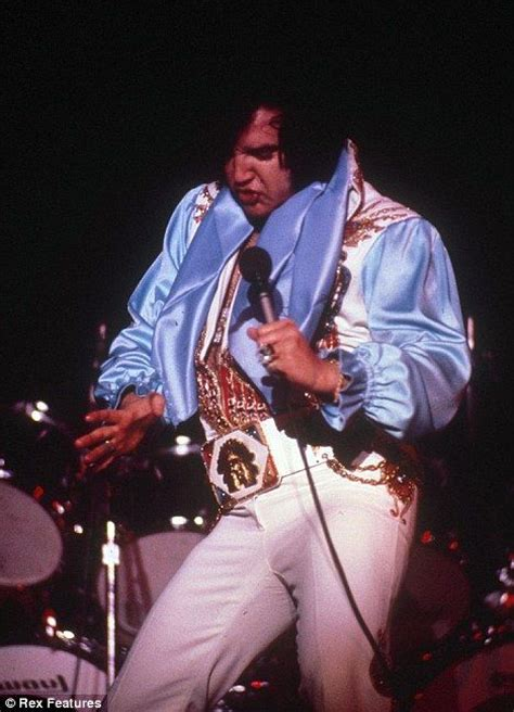 Like Like Bloated Is Now The Of Elvis by 360 Best Images About Elvis On In Las Vegas