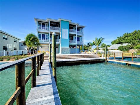 treasure island house rentals treasure trove the flying dutchman waterfront