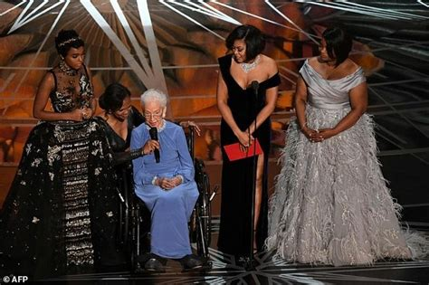 katherine johnson actress key oscars moments you may have missed amid envelope gate