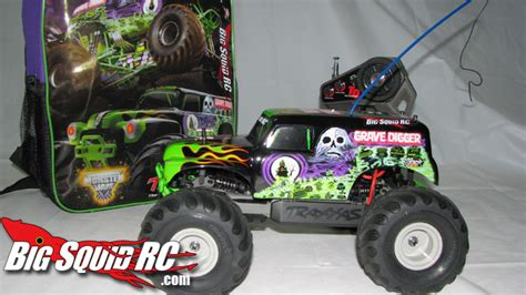 grave digger monster truck rc traxxas 1 16 grave digger review 171 big squid rc rc car