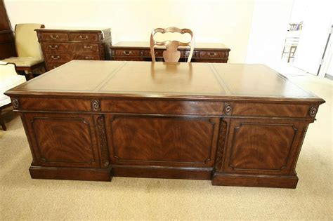 high end executive desks high end executive leather top desk mahogany desk