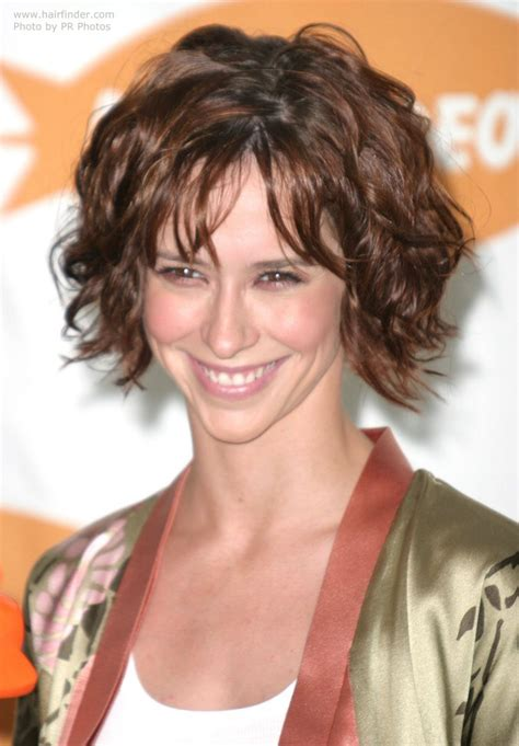 jennifer love hewwit hair cair products jennifer love hewitt with her short hair styled for a just