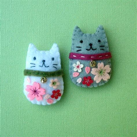 Handmade Cat - handmade felt magnets cherry blossom cats joohyang